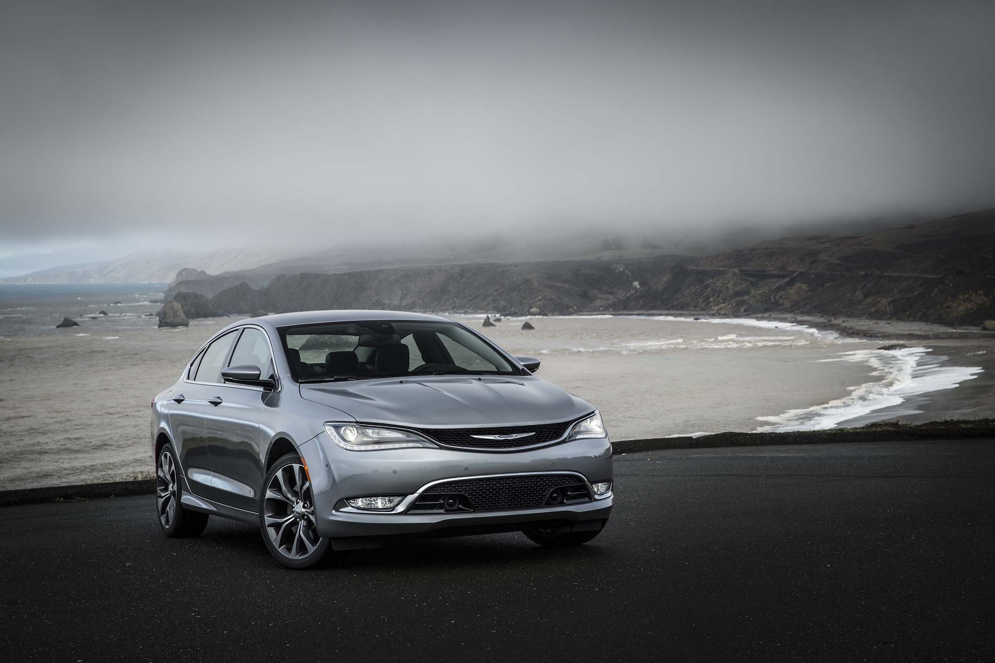 Fca In Discussions With Partner For Next Chrysler Dodge Sedans