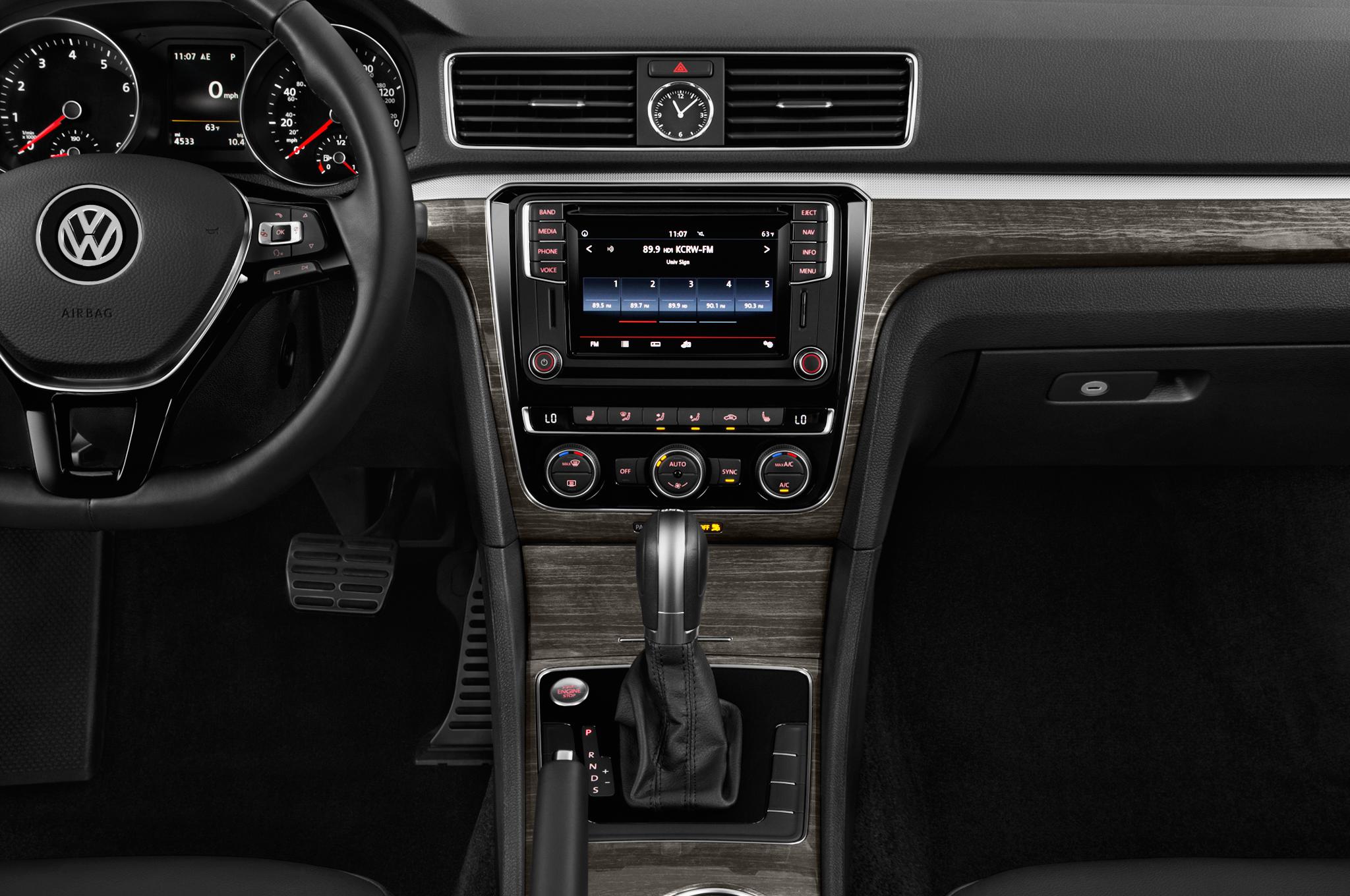 Volkswagen passat gt concept packs 280 horsepower automobile 1626 biocorpaavc Gallery
