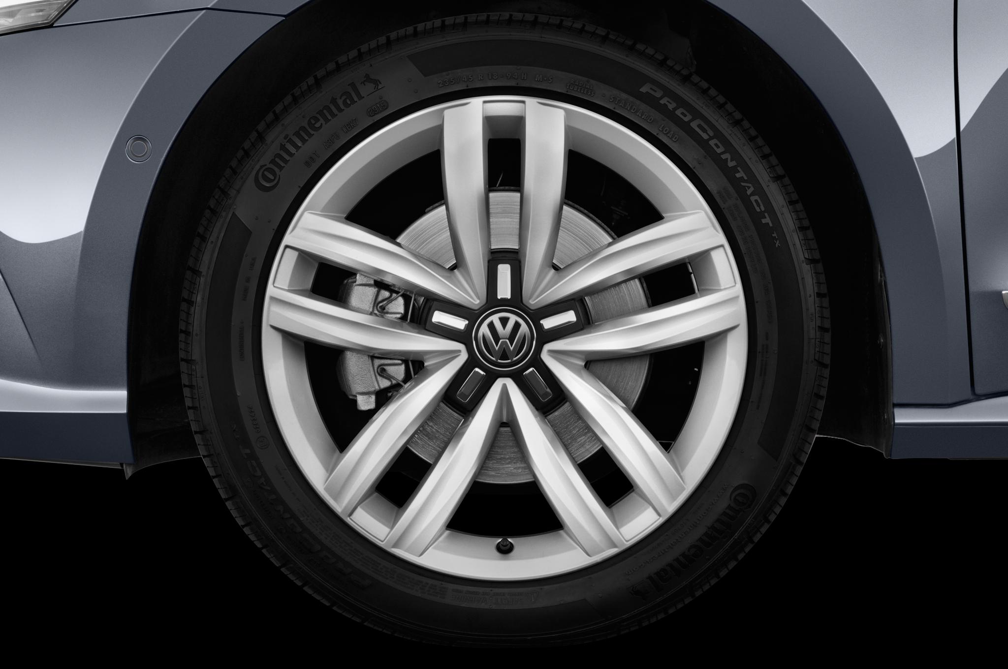 volkswagen passat gt concept  debut   los angeles auto show automobile magazine