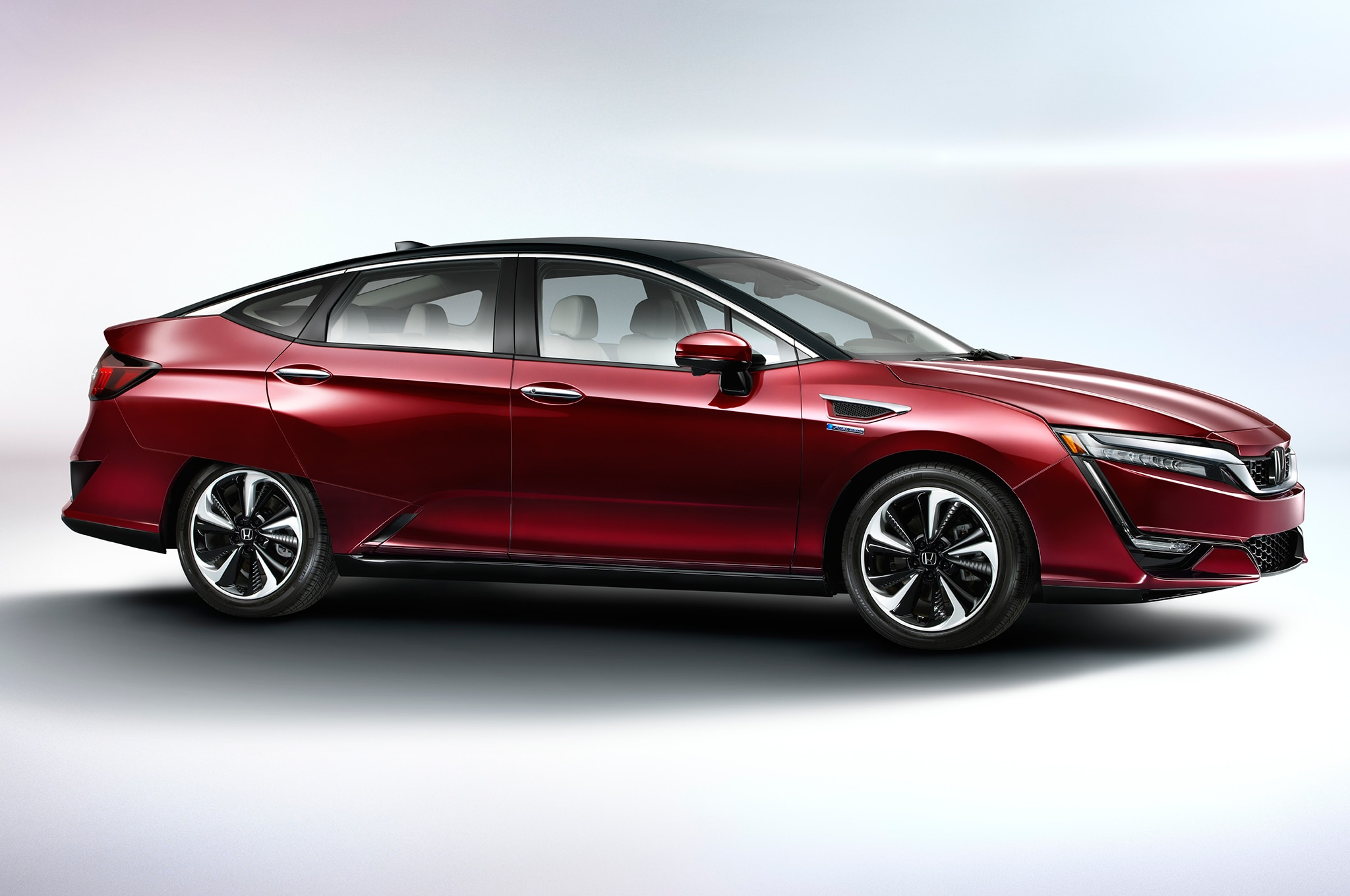 First Drive: 2017 Honda Clarity Fuel Cell | Automobile ...