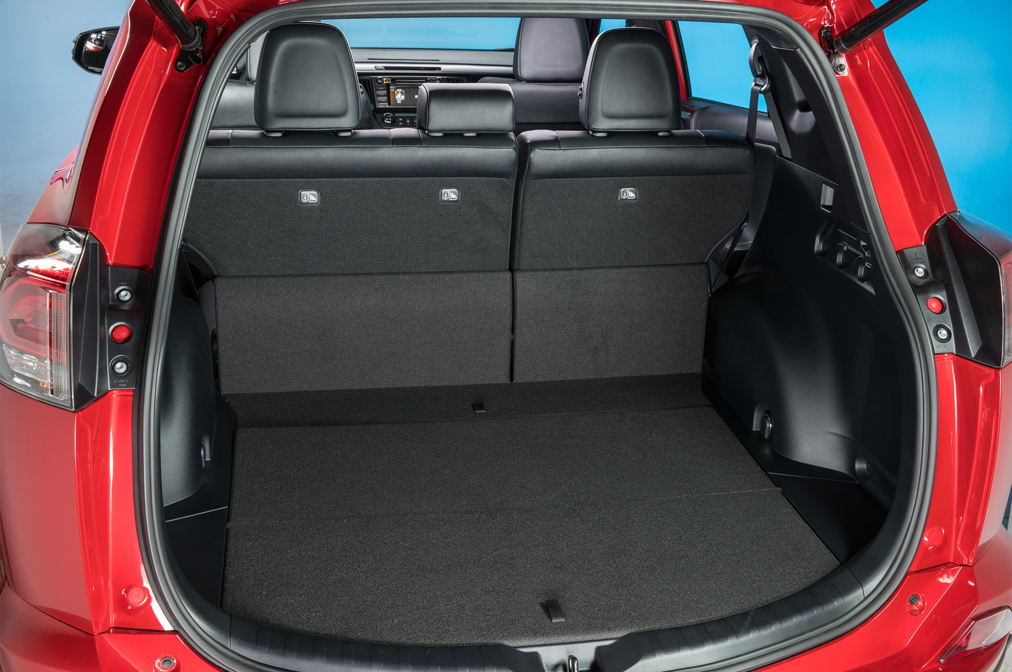 toyota c hr compact crossover spied mostly undisguised automobile magazine. Black Bedroom Furniture Sets. Home Design Ideas