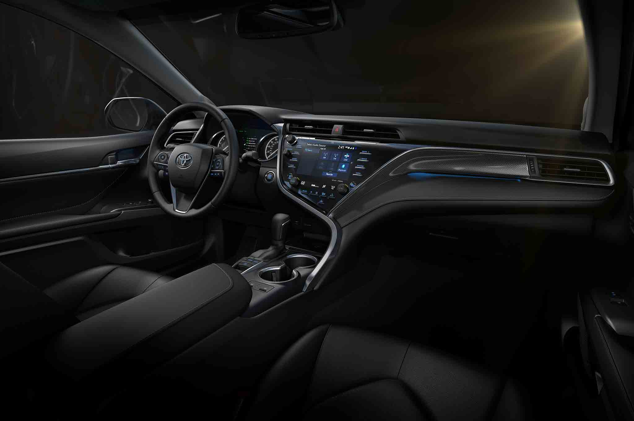sorry android auto and apple carplay 2018 toyota camry to use open source tech platform. Black Bedroom Furniture Sets. Home Design Ideas