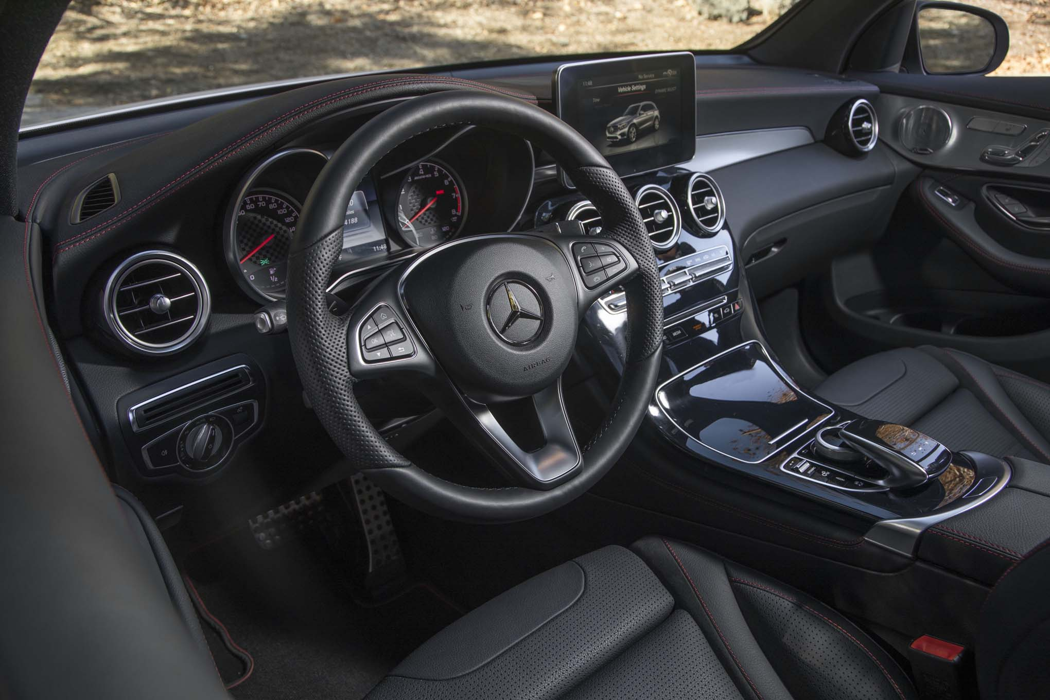 2017 mercedes amg glc43 packs 362 twin turbocharged horsepower automobile magazine. Black Bedroom Furniture Sets. Home Design Ideas