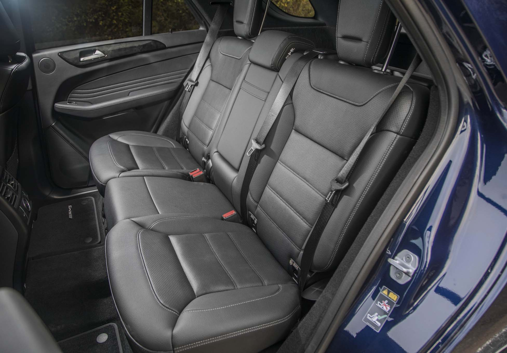 http://st.automobilemag.com/uploads/sites/10/2017/02/2017-Mercedes-AMG-GLE43-rear-interior-seats.jpg