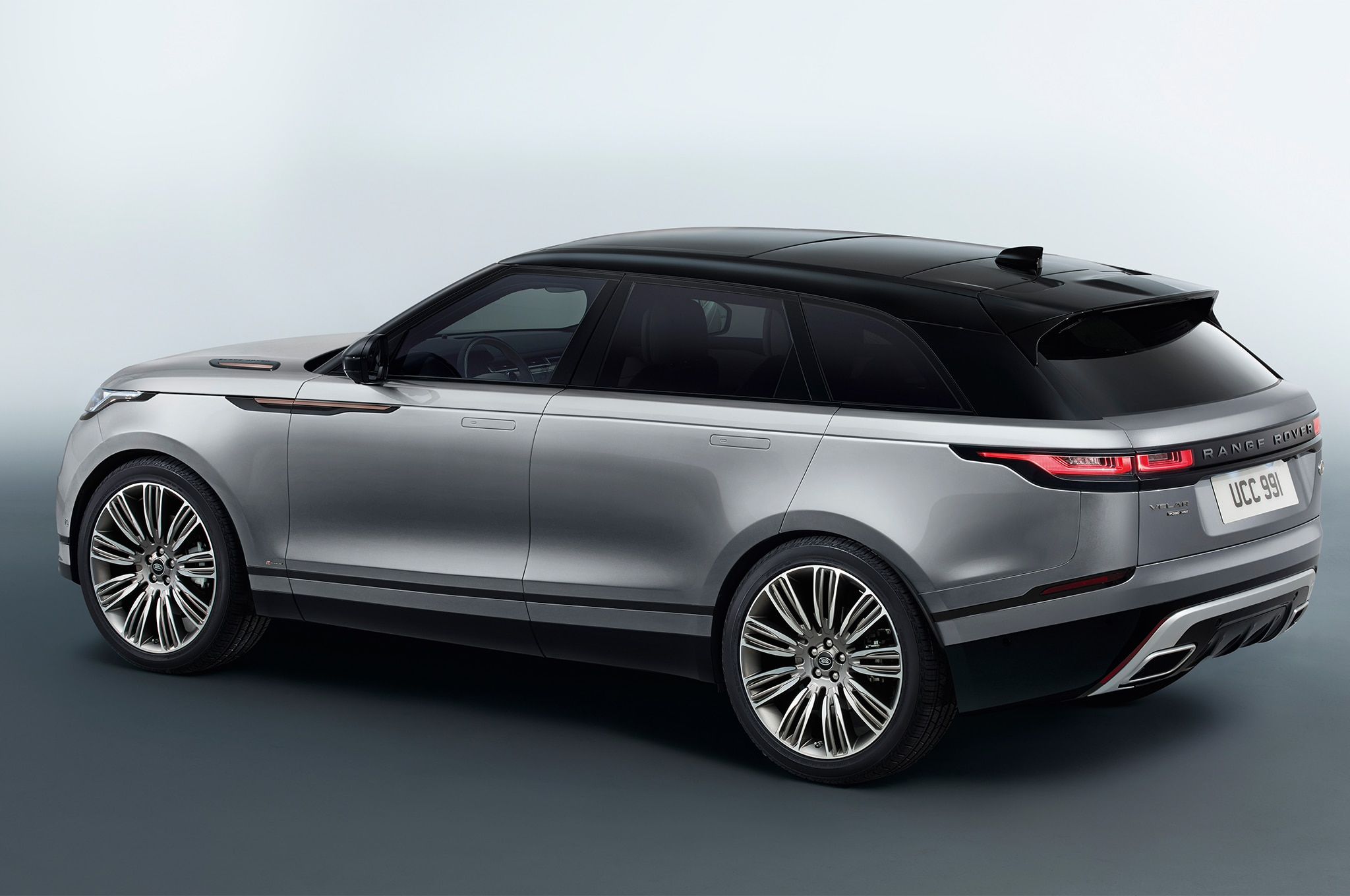 2018 range rover velar first drive review automobile. Black Bedroom Furniture Sets. Home Design Ideas