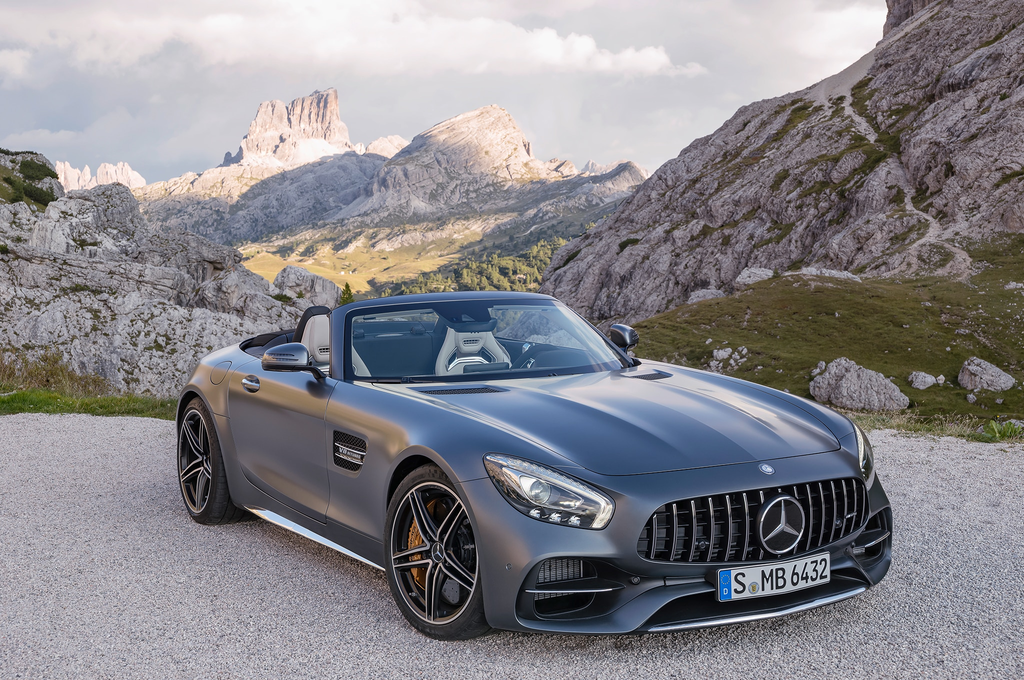 mercedes-amg preps three special editions for 2017 geneva motor
