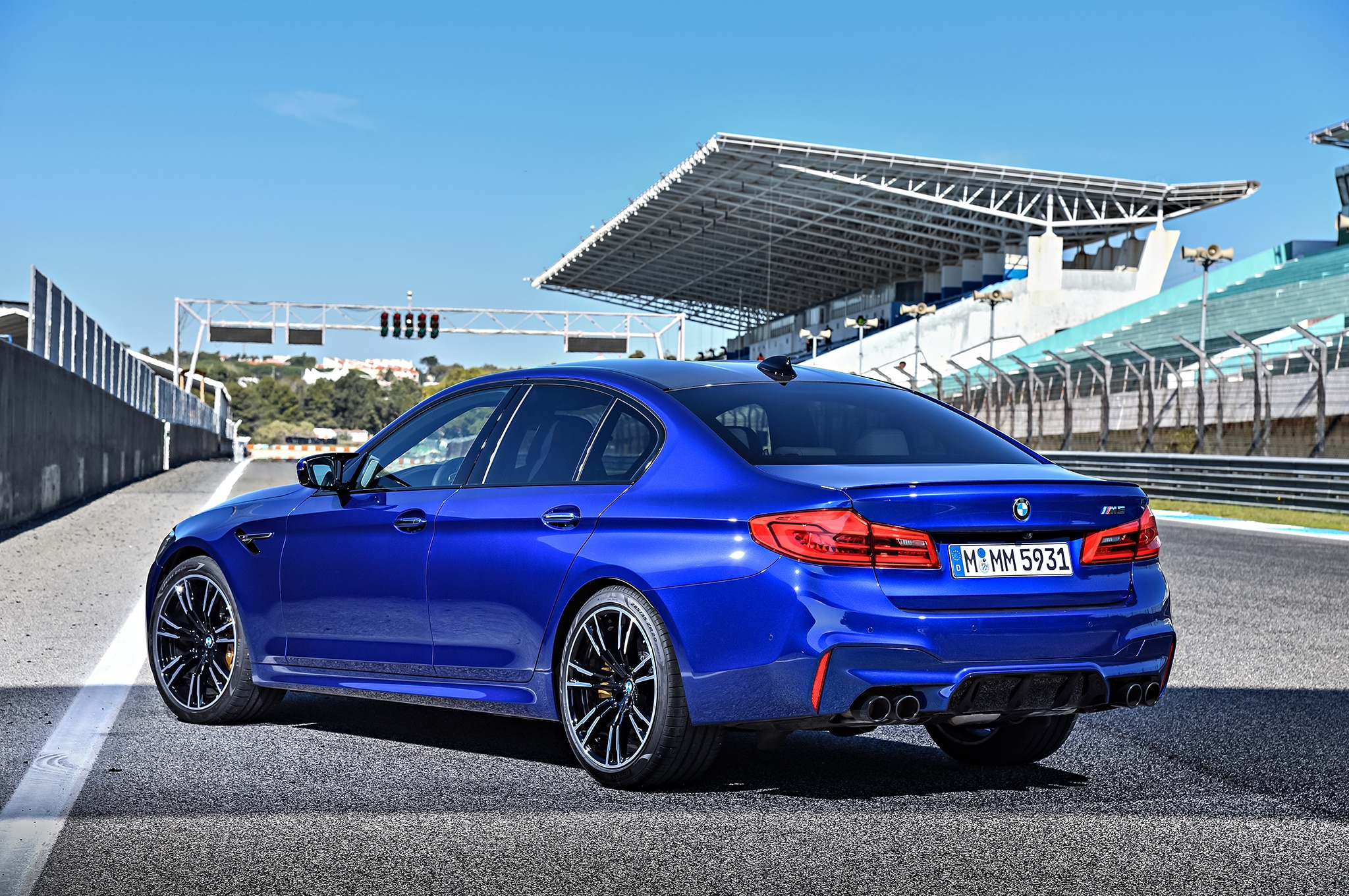 2018 BMW M5 is MotoGP\'s New Official Pace Car with 592 HP ...