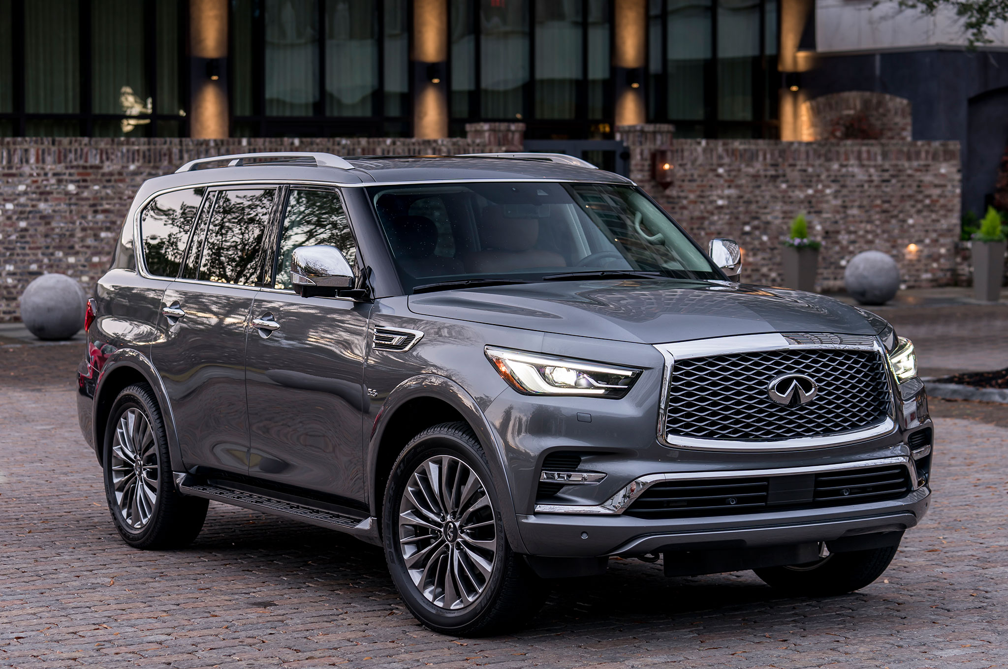 infiniti qx80 monograph concept is infiniti 39 s full size suv future automobile magazine. Black Bedroom Furniture Sets. Home Design Ideas