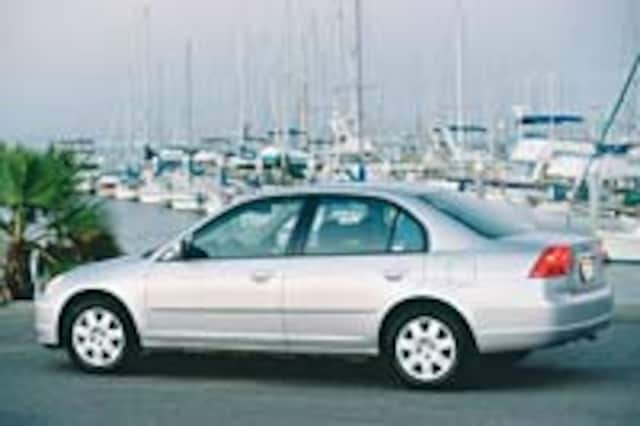 Sure Footed Civics We Ve All Loved Fortunately Honda Has Retuned Its Bread And Er Small Car The 2002 Model Drives In A Much Better Way As
