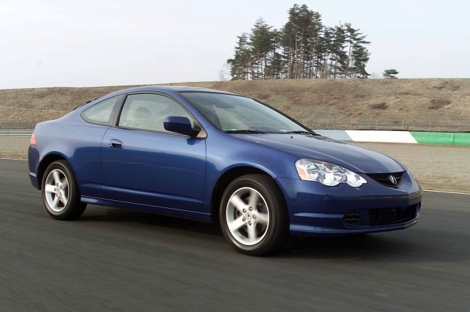 2002 Acura RSX Type S Front Three Quarter In Motion 01 660x438