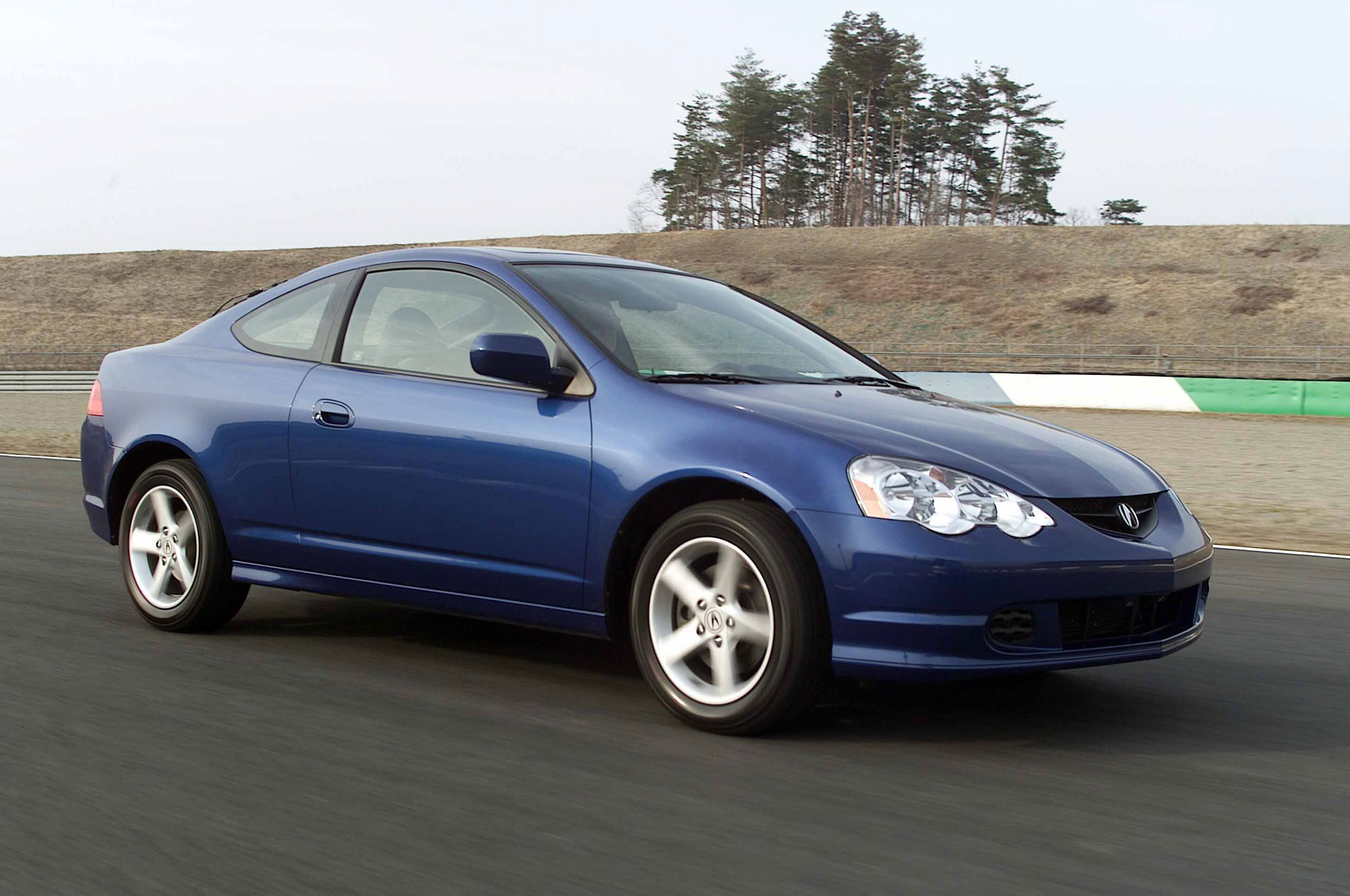 2002 Acura RSX Type S Front Three Quarter In Motion 01