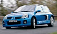 0310_Cliopl Renault_Clio_Renault_Sport_Clio_V6 Passenger_Side_Front_View