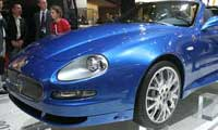 0410_paris_pl 2005_maserati_spyder_90th Front_side_view