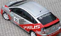 0411_paris_pl 2005_toyota_prius_gt Top_rear_side_view