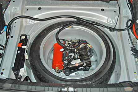 The Praxis air management system, mounted in the spare tire.