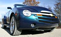 0502 Pl 2005 Chevrolet SSR LS2 60 Front Passenger Side Low View