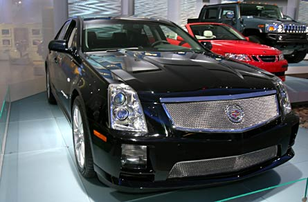2006 cadillac sts v 2005 naias detroit auto show. Black Bedroom Furniture Sets. Home Design Ideas