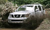0503_pl_Suv Nissan_Pathfinder Full_Front_Grill_View