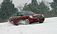 0505_Infinitipl_Infiniti_G35x_Four_Seasons 2004_Infiniti_G35x Distant_Passenger_Side_View