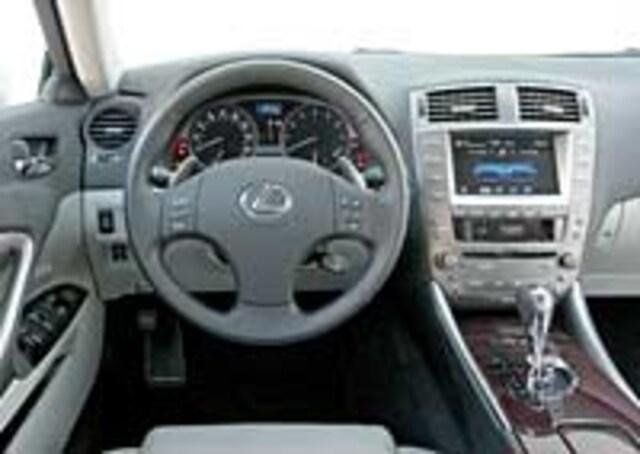 http://st.automobilemag.com/uploads/sites/11/2005/08/0509_5-2006_Lexus_IS350-Interior_View_Steering_Wheel.jpg?interpolation=lanczos-none&fit=around%7C640%3A400
