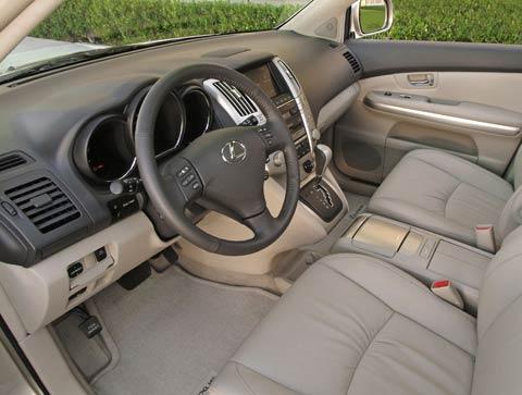 http://st.automobilemag.com/uploads/sites/11/2005/08/369_0507_Int1z_Review_Lexus_Rx330_Rx400h-2006_Lexus_RX_330_400h-Front_Dashboard_View.jpg