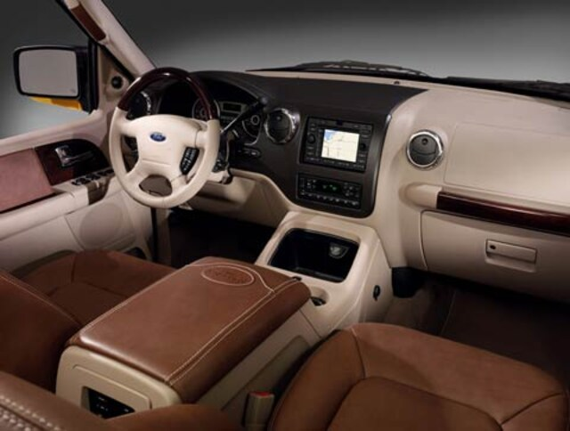 2006 ford expedition intellichoice review automobile magazine 1999 ford explorer interior - 2005 Ford Explorer Interior