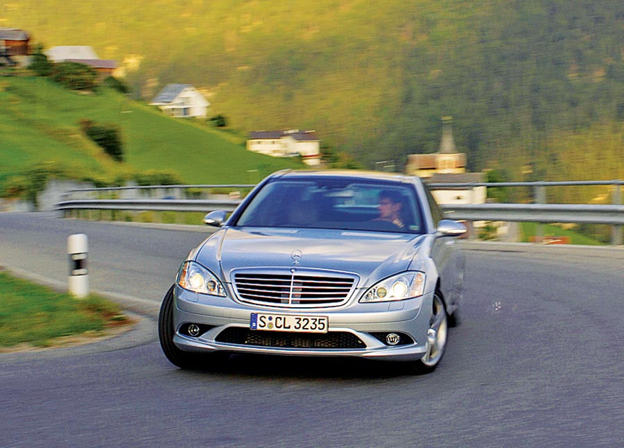 2007 mercedes benz s550 road test review automobile for 2007 mercedes benz s class 550