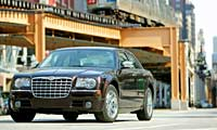 0602 Chrysler 300c Four Seasons 01pl 2005 Chrysler 300C Full Front Grill View