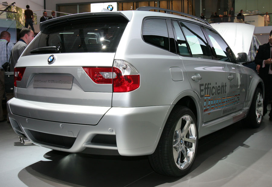 BMW Concept X3 Hybrid EfficientDynamics