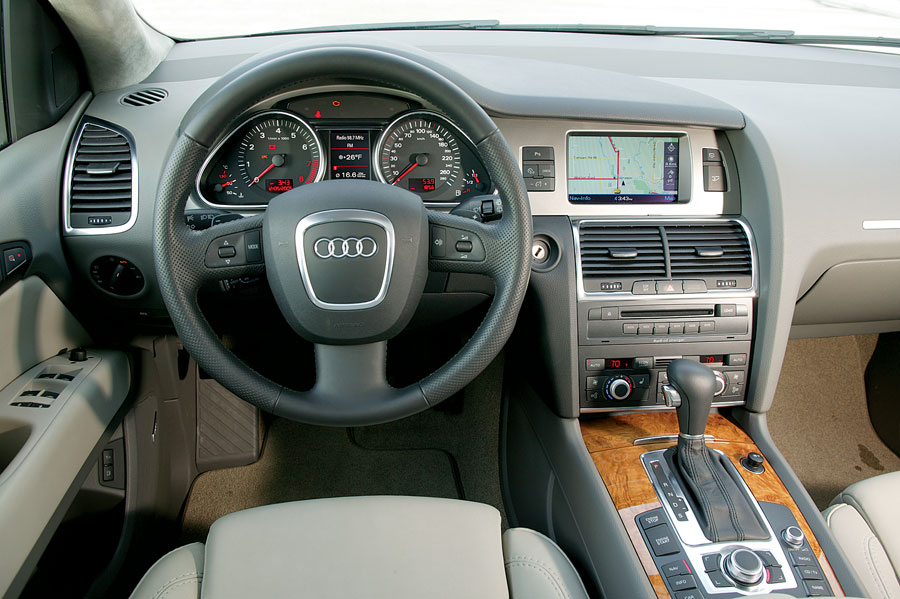 2007 audi q7 suv review road test automobile magazine. Black Bedroom Furniture Sets. Home Design Ideas