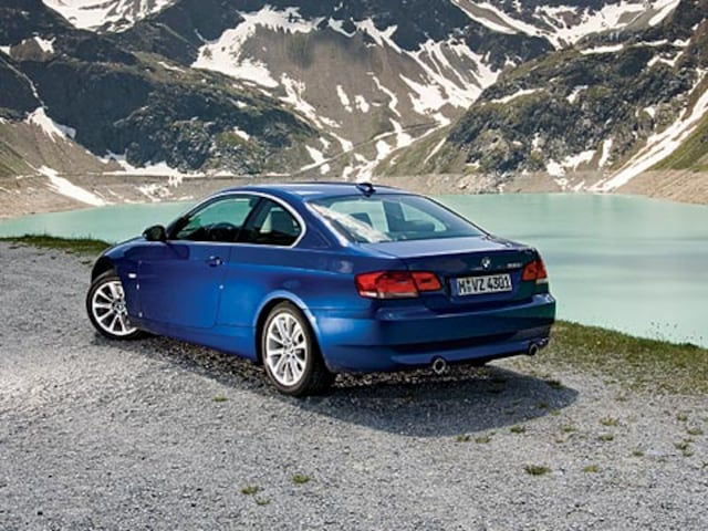 2007 BMW 335i Coupe - Car Review & Road Test - Automobile Magazine