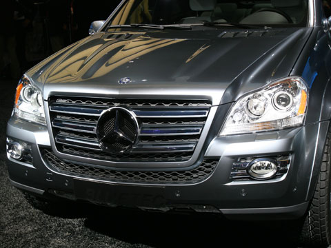 2008 mercedes benz gl420 bluetec diesel latest news auto show coverage and future cars. Black Bedroom Furniture Sets. Home Design Ideas