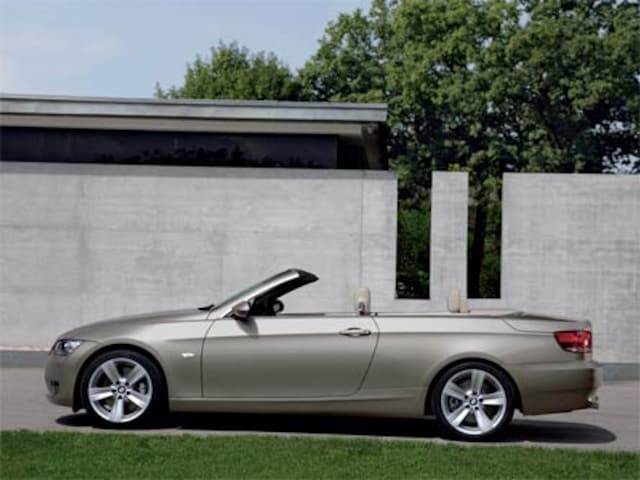 BMW I Convertible Road Tests Reviews And Drivens - Bmw 328i coupe specs