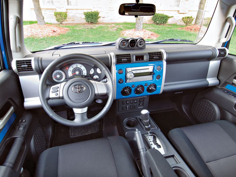 2007 toyota fj cruiser four seasons wrap up latest news features and long term tests for Toyota fj cruiser interior accessories