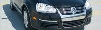 0805 01 Pl 2009 Volkswagen Jetta SportWagen Front Three Quarter View