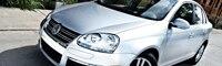 0812 01 Pl 2009 Volkswagen Jetta TDI Front Three Quarter View