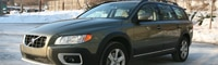 0902 04 Pl 2009 Volvo XC70 Front Three Quarter View