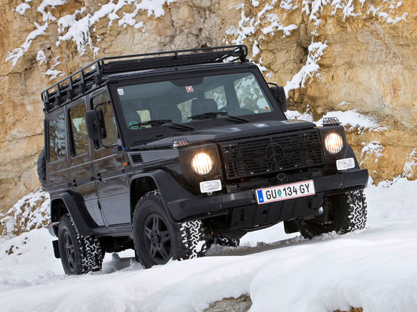 Mercedes benz celebrates g class 30th anniversary with for Mercedes benz g class off road