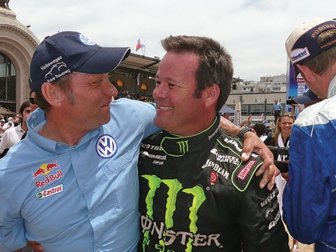 Father of ex-NASCAR racer Robby Gordon kills wife, then himself