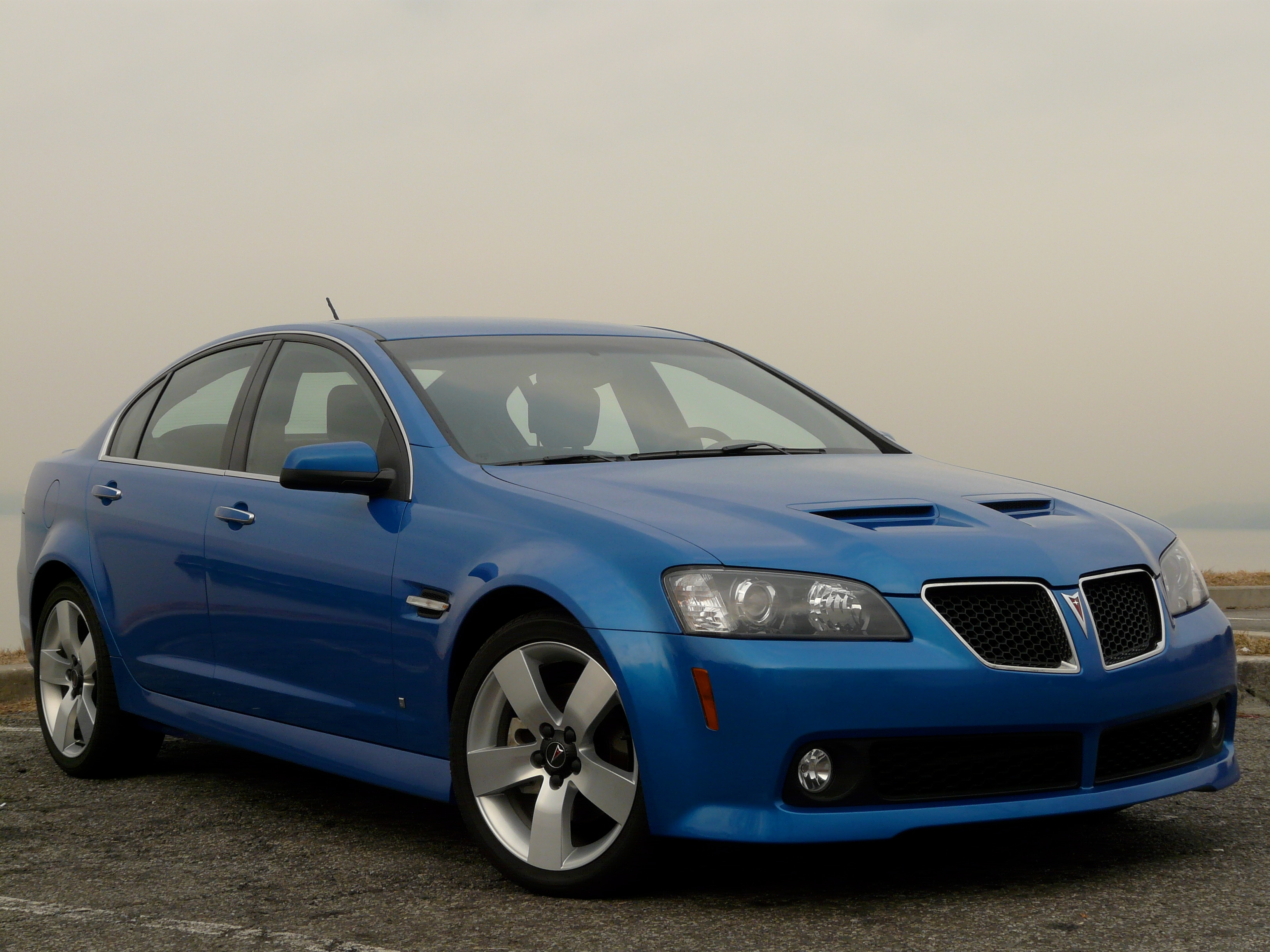 2009 pontiac g8 gt where have you been for the past 30 years. Black Bedroom Furniture Sets. Home Design Ideas