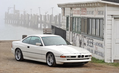 0905 01 Hp 1991 1997 BMW 850i Front Three Quarter View