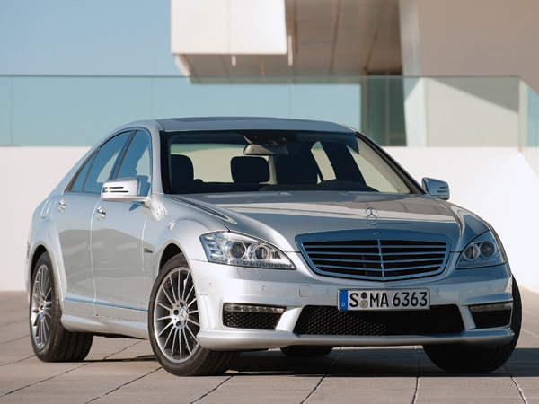 2010 mercedes benz s63 amg and s65 amg officially revealed for 2010 mercedes benz s63 amg