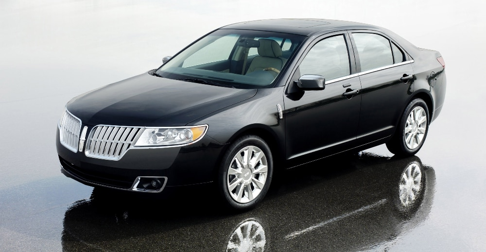 2010 lincoln mkz and 2009 mercedes benz r class are iihs for Mercedes benz lincoln
