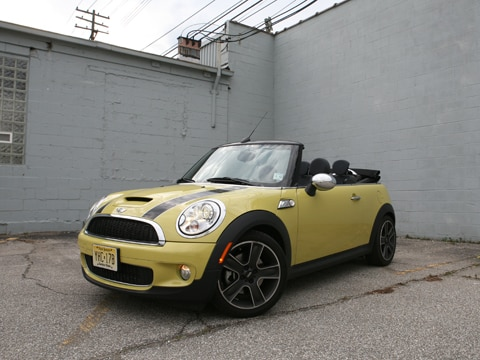 2009 mini cooper s convertible mini convertible sports. Black Bedroom Furniture Sets. Home Design Ideas