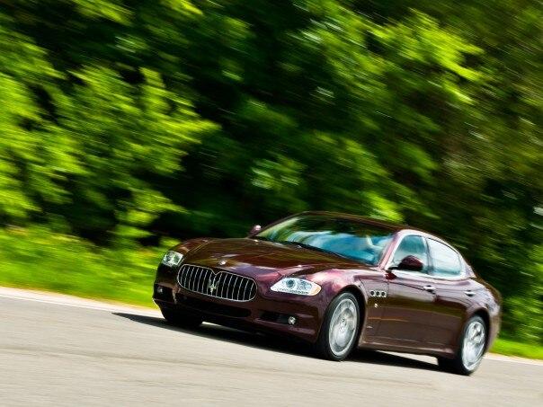 0908 24 Z 2009 Maserati Quattroporte S Front Three Quarters 604x453
