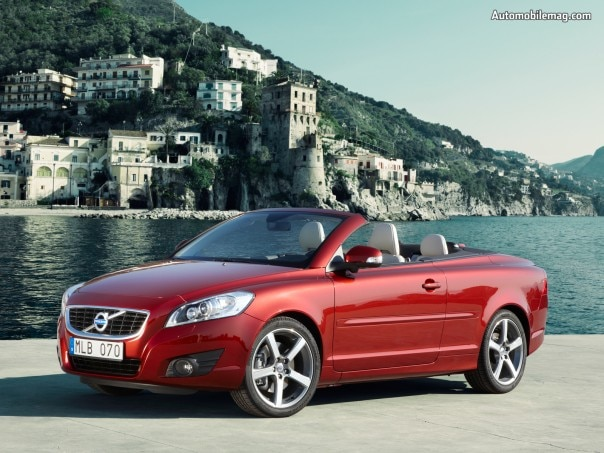 0909_08_z 2011_volvo_c70 Front_three_quarter_view1 604x453