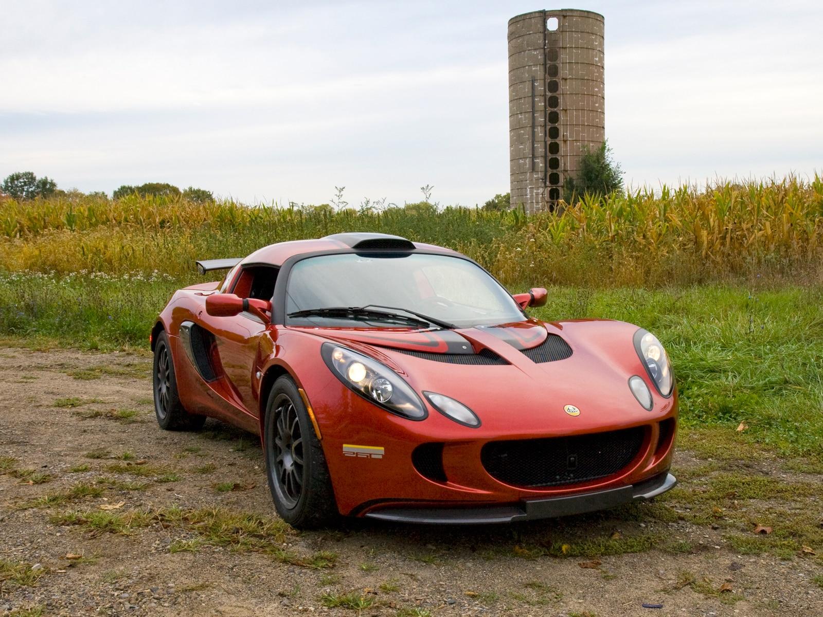 http://st.automobilemag.com/uploads/sites/11/2009/10/0910-02-z-2010-lotus-exige-260-s-front-three-quarters-view.jpg