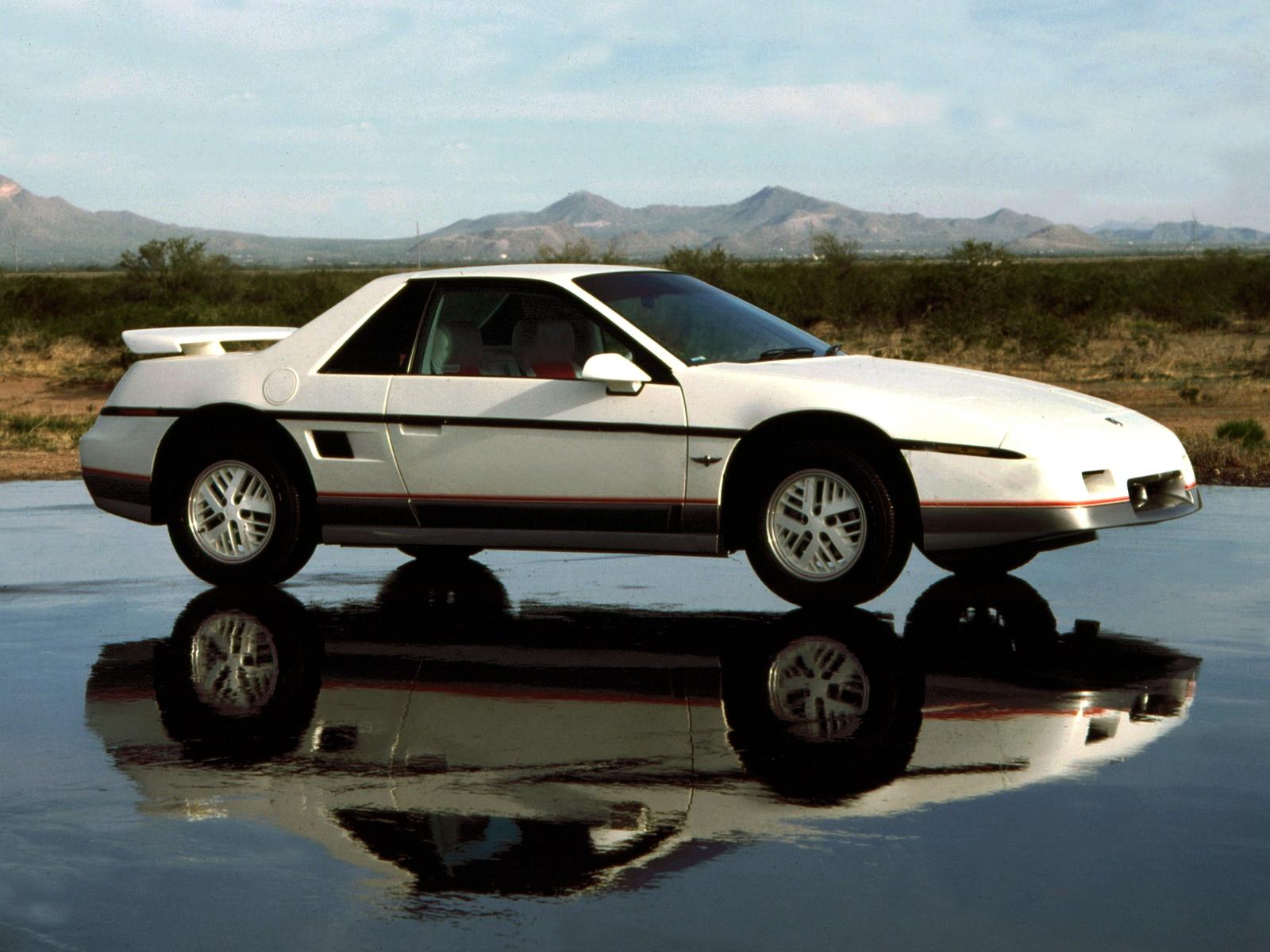 0910 03 Z 1984 Pontiac Fiero Side View