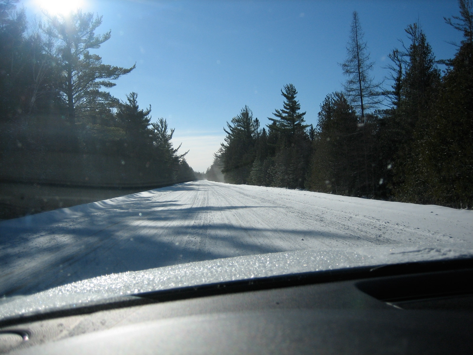 0911 01 Z Snowtires Driving On Snow
