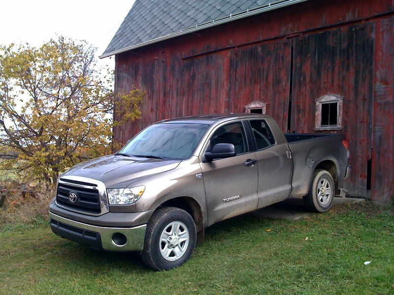 0911 13 Z 2010 Toyota Tundra Double Cab Front Three Quarter View